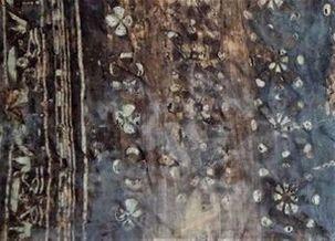 ツタンカーメンのチュニックの一部を拡大したもの<br>(考古学博物館にて撮影)
