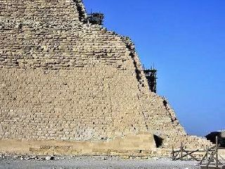階段ピラミッド下の部分